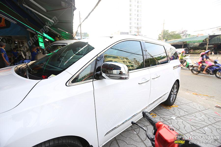 Ốp gương chiếu hậu ô tô Kia Sedona