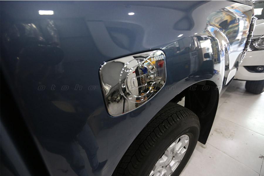 Ốp nắp bình xăng Ford Ranger