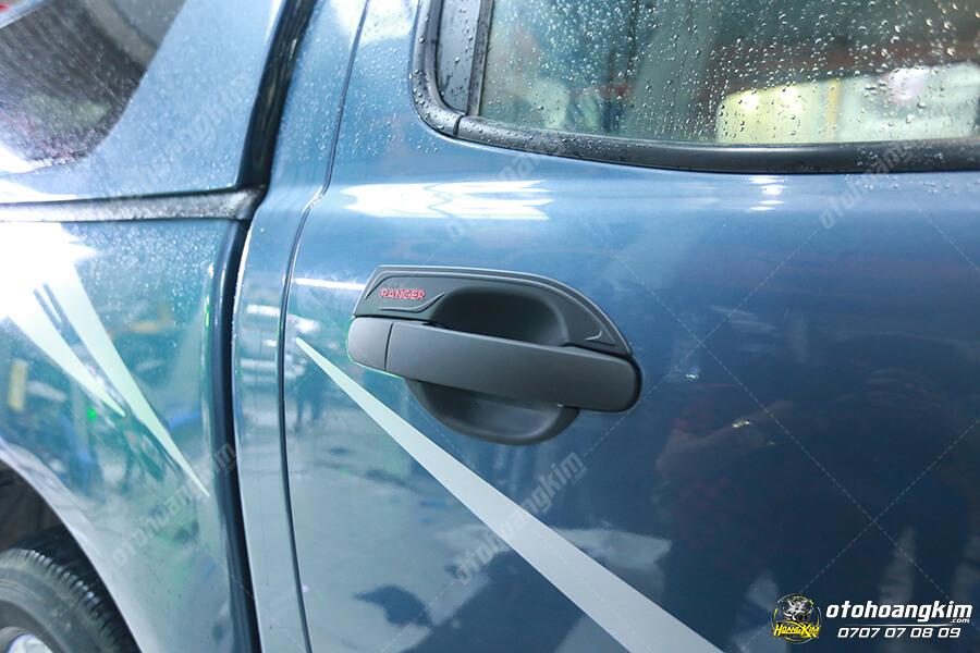 Ốp tay nắm cửa xe bán tải Ford Ranger