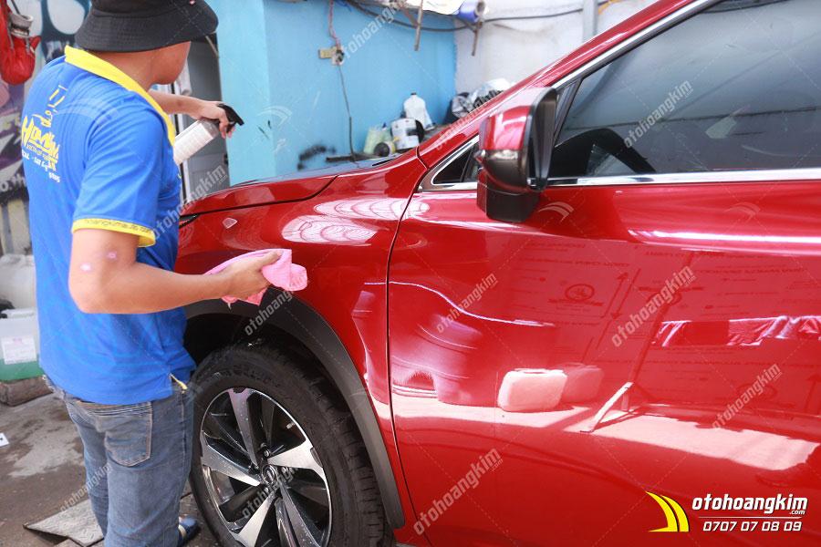 Phủ ceramic cho xe bởi đội ngũ lành nghề
