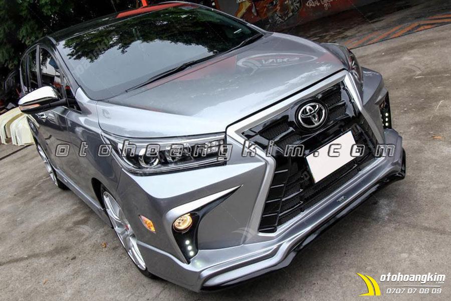 Sản phẩm body kit Toyota Innova