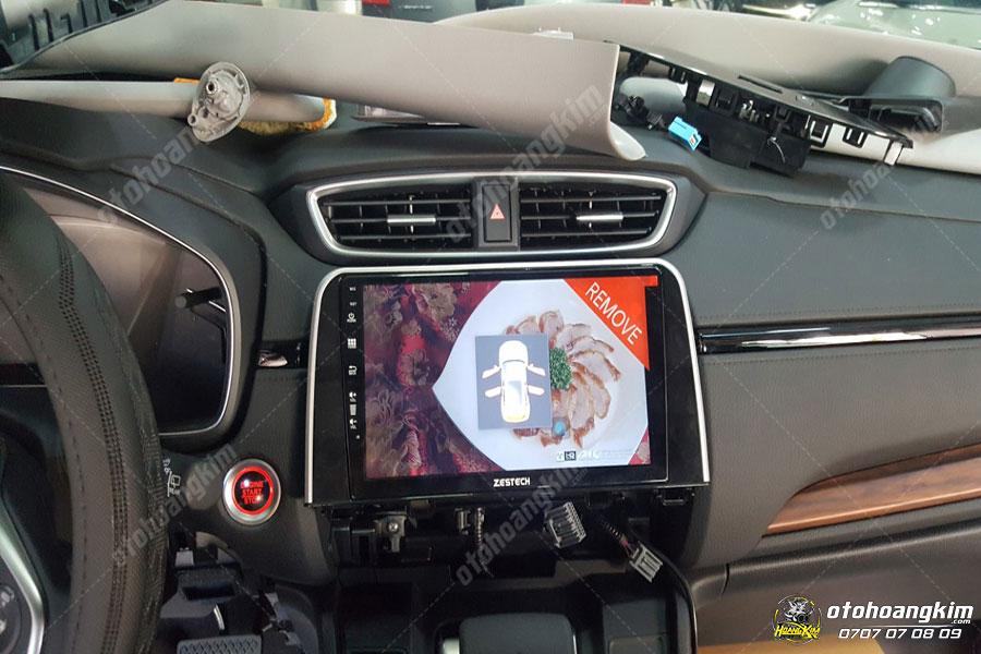 Sử dụng camera 360 cho ô tô rất dễ dàng