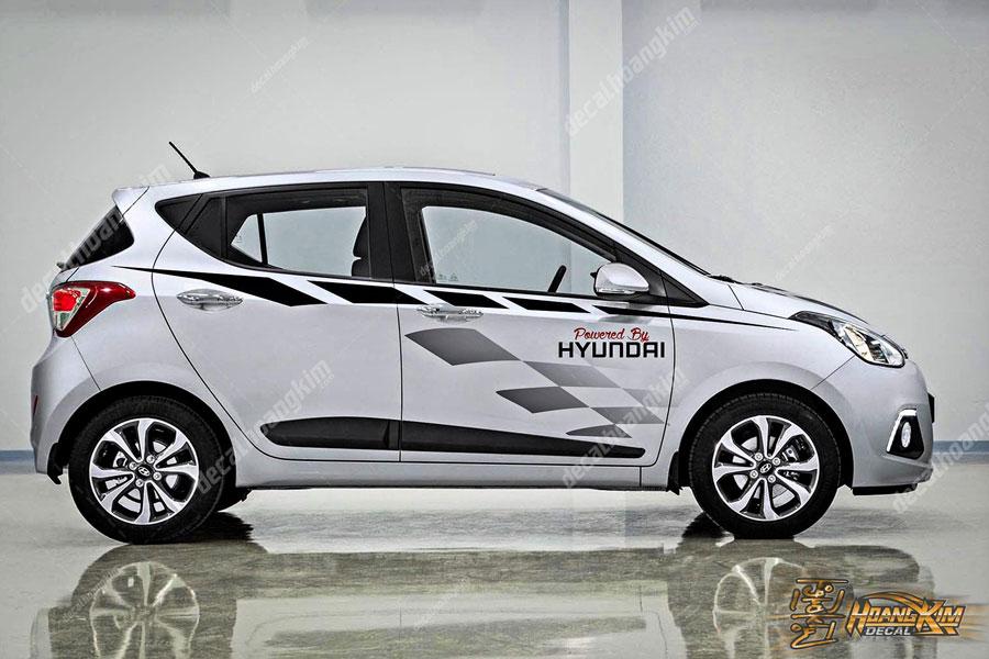 Tem xe Hyundai I10 phối màu trắng đen