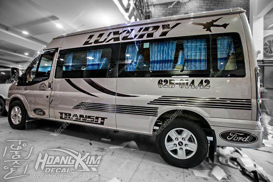 Lên mẫu tem xe Ford Transit đơn giản cho chủ xế