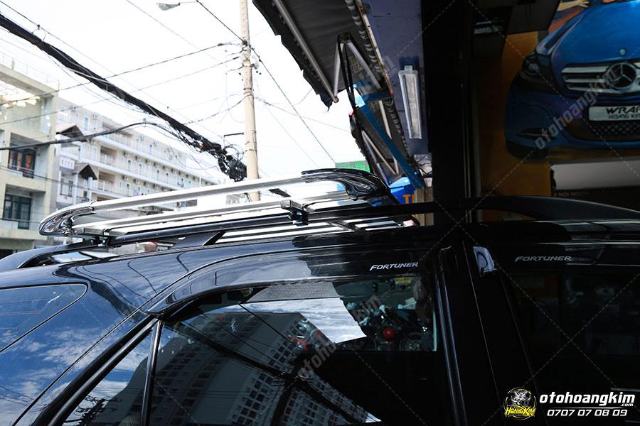 Thanh baga mui cao gắn trên xe Toyota Fortuner