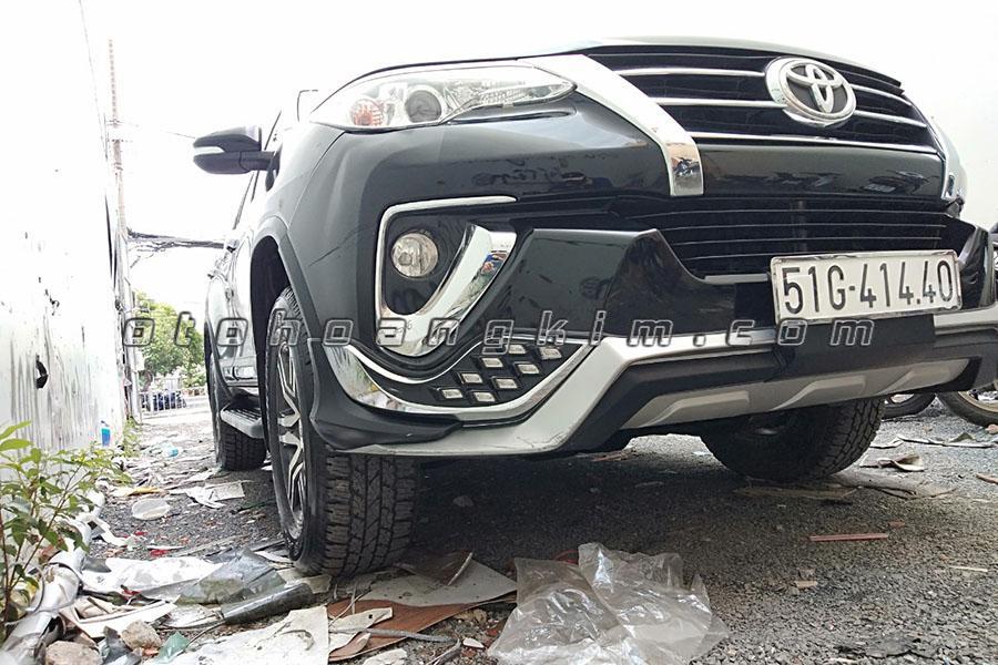 Body Kit Toyota Fortuner 01