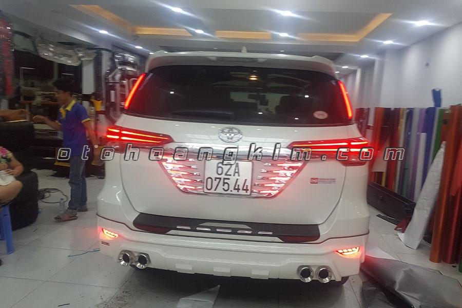 Body Kit Toyota Fortuner 18
