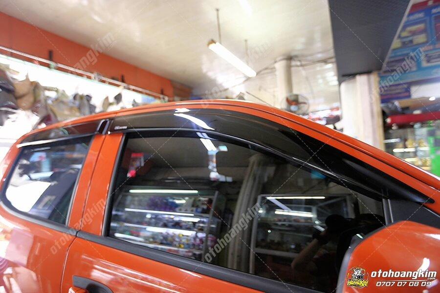 Vè che mưa Chevrolet - Linh kiện ngoại thất ô tô cần thiết hàng chính hãng tại Ô Tô Hoàng Kim chi nhánh Tp.HCM và Bình Dương
