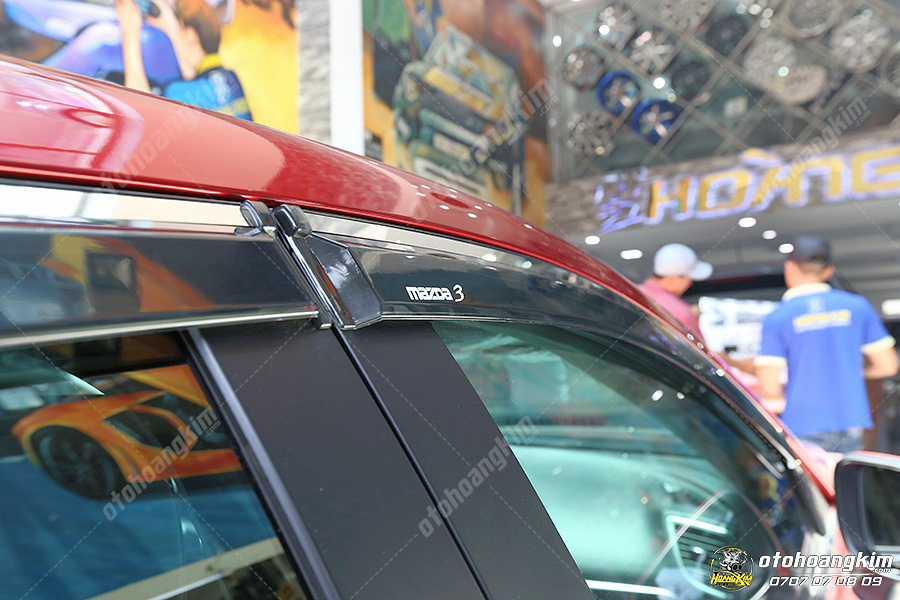 Vè che mưa cho ô tô Mazda 3