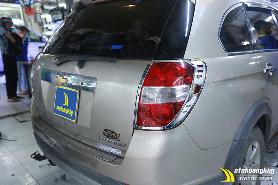 Viền đèn sau ô tô Chevrolet Captiva