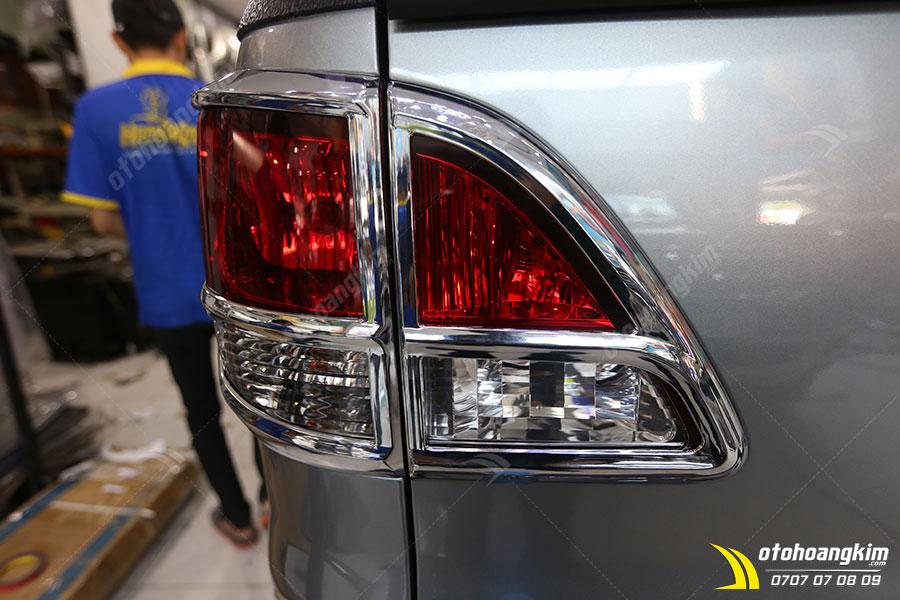 Mua và lắp viền đèn sau ô tô chất lượng tại Ô tô Hoàng Kim