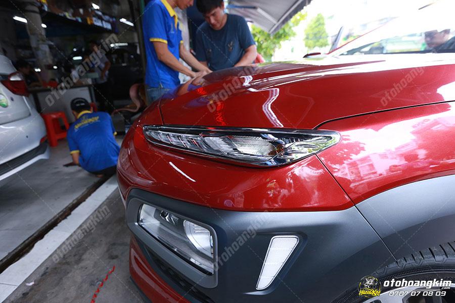 Viền đèn trước ô tô phụ kiện trang trí quan trọng cho xe