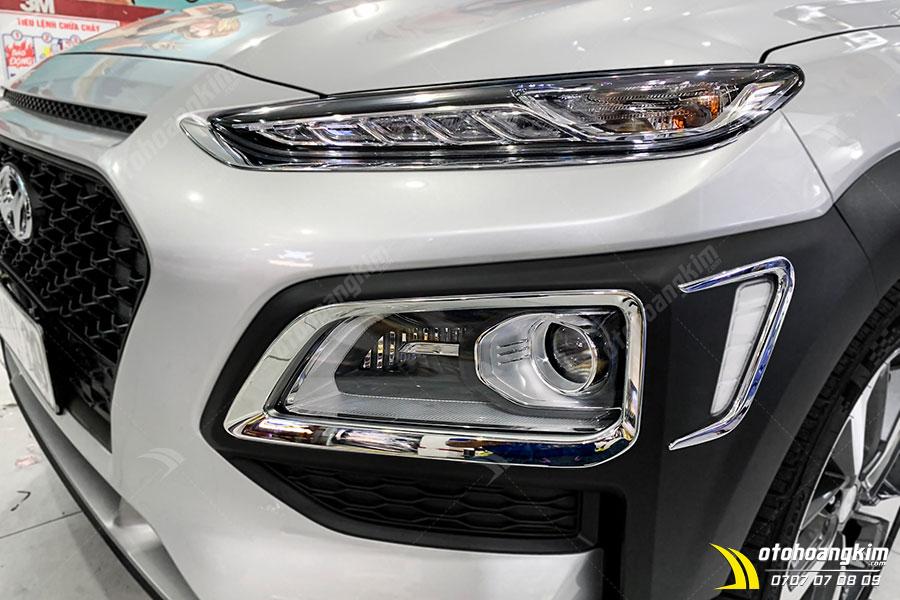 Viền đèn trước Hyundai Kona bảo vệ đèn xe hiệu quả